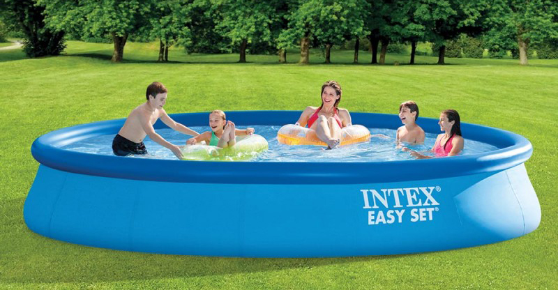 Piscine Autoportante Intex Guide achat présentation article comparateur de prix astuces sélection des meilleurs équipement pour l'extérieur